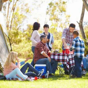 Camping emplacements, mobil homes lodges Vinca 66 Pyrenees orientales